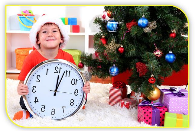 Косметика на  новый год – отличный подарок девушке и женщине, парфюмерию и средства по уходу дарят и мужчинам