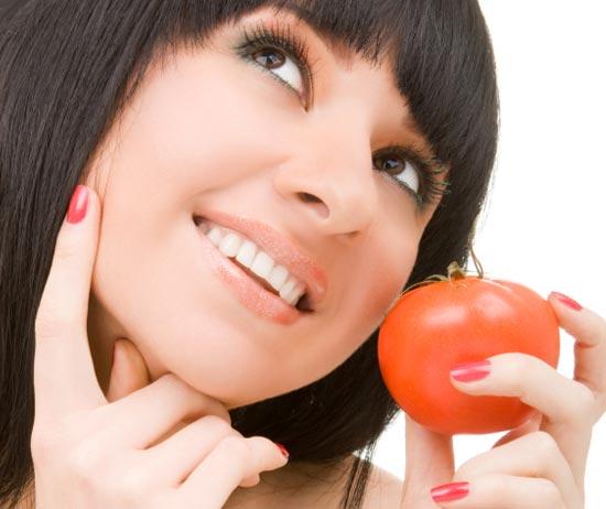 Поддержание кожи в здоровом состоянии требует обеспечения ее клеток и тканей полноценными питательными веществами