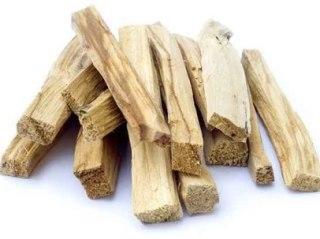 гваяковое дерево улучшает кровообращение, способствует выведению излишней жидкости из организма.