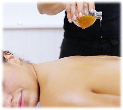 Абрикосовое масло обладает увлажняющим и смягчающим действием, что очень важно для ухода за кожей