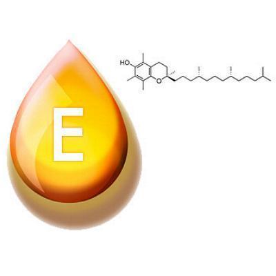 Tocopheryl acetate (ацетат токоферола) - Токоферола ацетат, также известный как витамин Е ацетат, является обычной витаминной добавкой. Это сложный эфир уксусной кислоты и токоферола (витамин Е). Он часто используется в дерматологических продуктов, таких как кремы для кожи. Дает положительный эффект антиоксиданта. Токоферола ацетат используется в качестве альтернативы токоферол себя, потому что фенольные гидроксильные группы блокируется, обеспечивая менее кислый продукт. Считается, что ацетат медленно гидролизуется, впитывается в кожу, восстанавливая токоферола и обеспечивая защиту от ультрафиолетовых лучей солнца