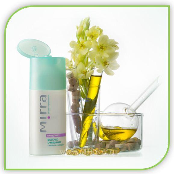Молочко быстро и эффективно удаляет накопившиеся за день водо- и жирорастворимые загрязнения с поверхности кожи, не нарушая физиологический рН и защитную липидную пленку эпидермиса. В молочке не содержится спирта и стеариновых мыл. Молочко не требует смывания, обеспечивает необходимую подготовку кожи к последующим косметическим процедурам. Поддерживает естественный уровень увлажнения и оказывает успокаивающее воздействие на кожу.