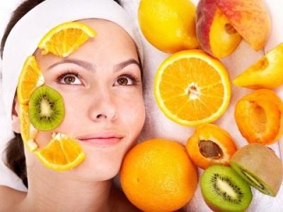 Забота о красивой и здоровой коже – каждодневный уход и увлажнение, питание и омолаживание с помощью натуральных масок и укрепляющих средств