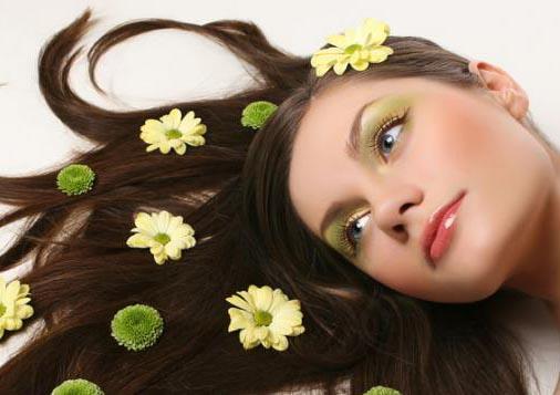 Комплекс активных компонентов обеспечивает полноценное питание волосяных фолликулов и кожи головы