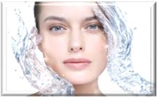 С возрастом наша кожа становится менее эластичной из-за потери влаги